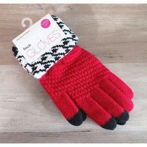 NWT Red w/Houndstooth Trim Fleece Lined Gloves
